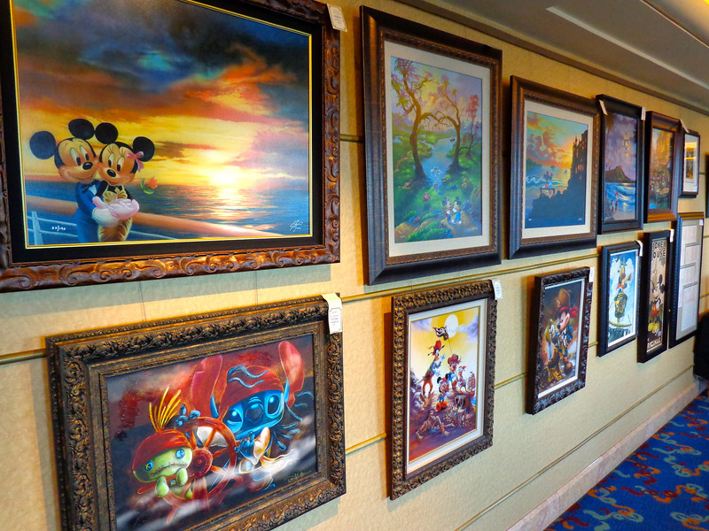 Also like onboard other Cruise ships, Disney has an Art Gallery too... but here you can only buy Disney Art... and some of it is absolutely beautiful!