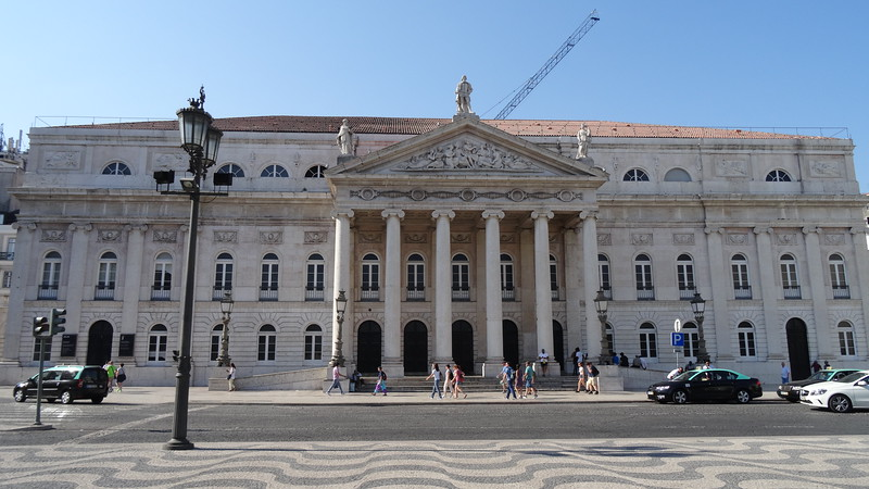 But no matter how you do it, make sure to visit Lisbon when in the region... it's a fascinating city not to be missed!