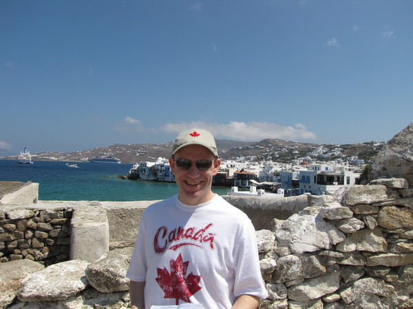 Shawn's all smiles... he definitely seems to be enjoying Mykonos!! :-)