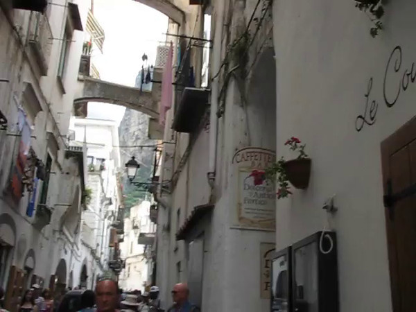 Check this footage out of the main street running through Amalfi... just the way you'd expect a quaint little Italian Town to look!! :-)