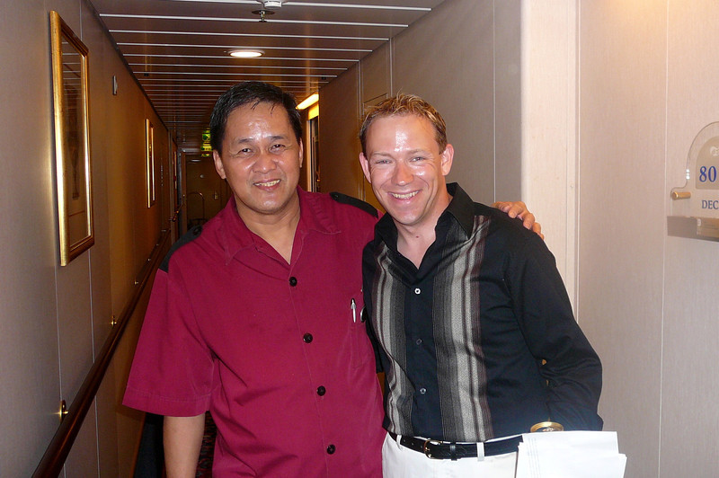 There's Shawn thanking and saying good-bye to our Stateroom Steward, Philip, who treated us like a King and Queen for 9 days straight... thanks Philip!!