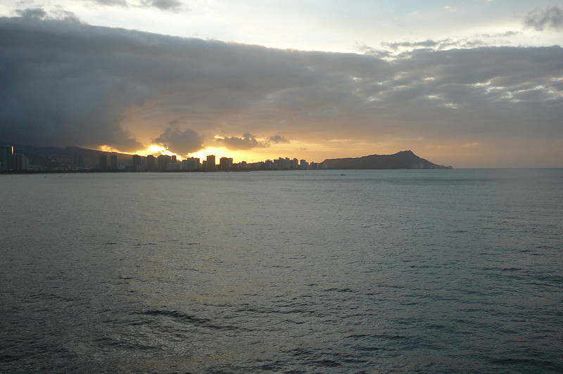 Well, it looks like we made it to Honolulu... check out the spectacular Sunrise behind Honolulu's famous Waikiki Beach and Diamond Head Volcano Crater!!