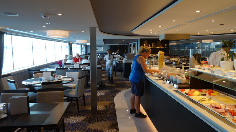 FYI, during breakfast & lunch the restaurant is set up Buffett style with lots of great choices for everyone's taste buds.