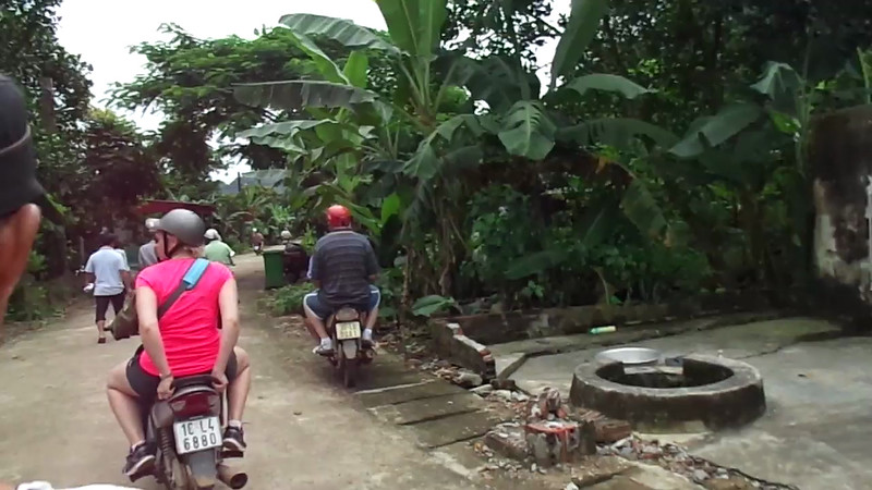 Finally, after being around millions of motorbikes in Vietnam & Cambodia we got to enjoy our 1st ride in Halong Bay... Fun!! Check out our video of it here.