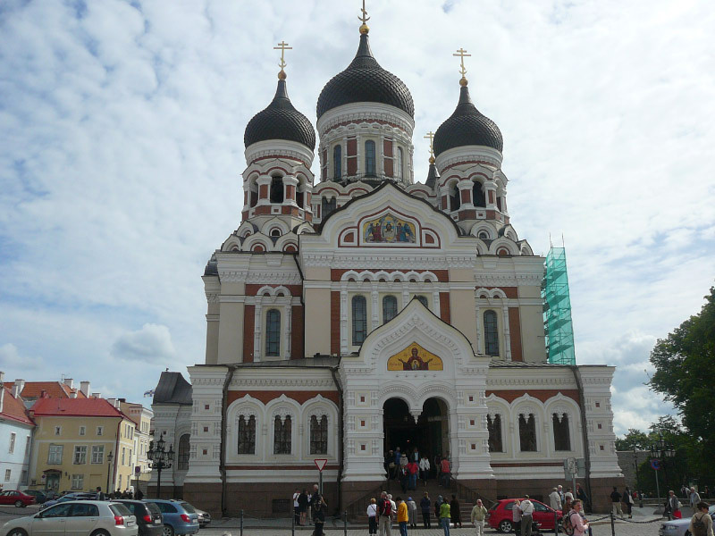 One thing we noticed in Europe is all the towns have some pretty amazingly built Churches and Tallinn was no different!