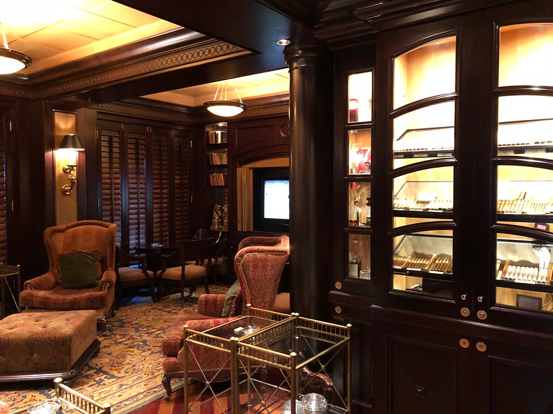 """Maybe having a drink over a """"fine cigar"""" is more your style?<br /> <br /> If so, the """"Connoisseur Club"""" is the perfect spot for you!! :-)"""