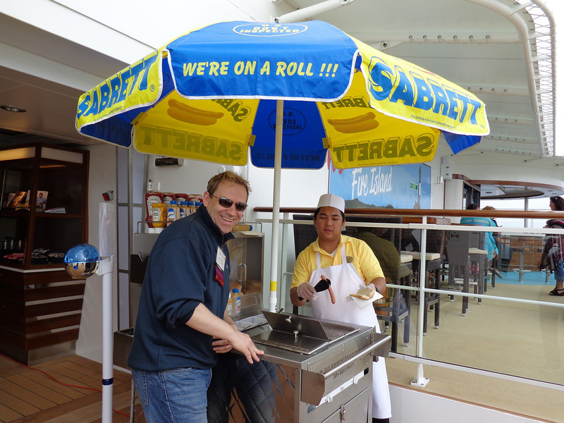 "There's another glimpse at a New York element on Breakaway... they have ""Sabrett's"" hot dog stands onboard... for FREE!! :-)"