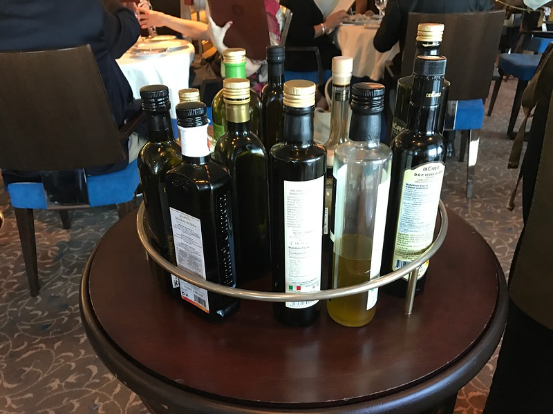 Bet you haven't been to many places that offer such a huge choice of olive oil & vinegar! :-) We can't remember a restaurant anywhere else that even offered us more then 1 choice!