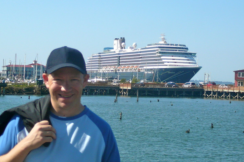 "There's one last pic of Shawn & the ""Oosterdam"" in Astoria before we get back on the Ship to head home to Vancouver."
