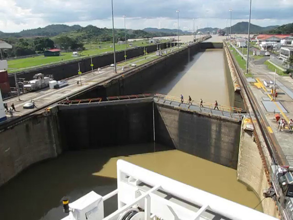"""Here's one last """"Live"""" look at the  Panama Canal as we're about to make our way towards Panama City... check out the people crossing over the gates... it really puts into perspective how huge the gates are!!"""