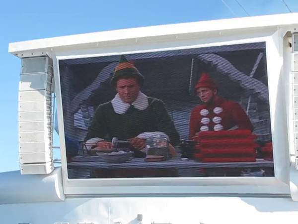 "Here's a ""Live"" look at the ""Movies Under the Stars"" that we showed you in a couple of earlier pictures... it's December 24th and ""Elf"" is playing... perfect!!"