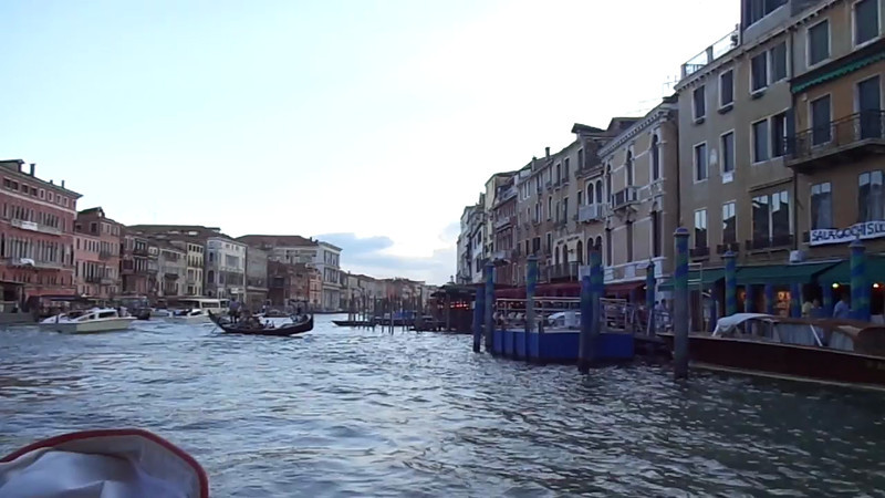 "Click ""Play"" to see some more ""Live"" views of what Cruising through the ""Grand Canal"" is like... for sure it was a big highlight of our time in this Magnificent city!"