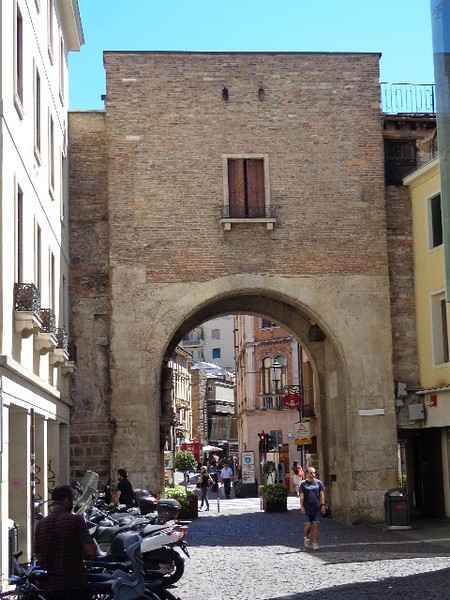 As Padua was founded in 1183 BC it of course had the Medieval walls surrounding it, like you see in much of Europe, and today they still have some remnants of it there.