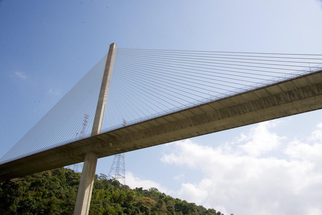 Going under Centennial Bridge (6 lanes of traffic)