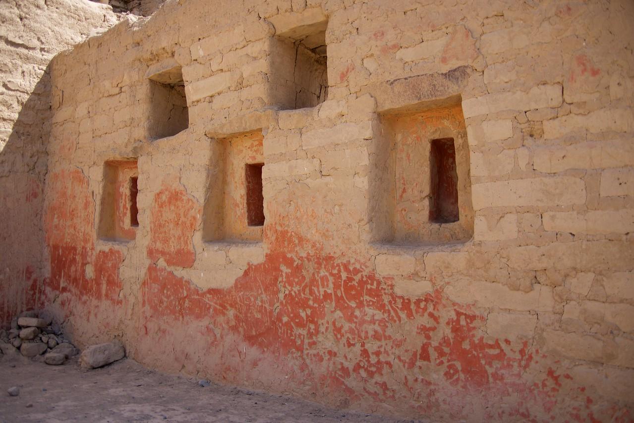 Window niches were for idols
