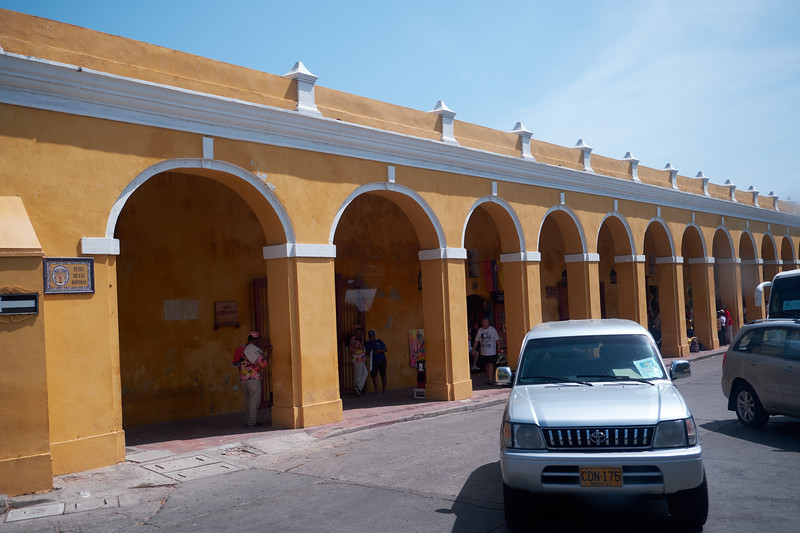 This building was the last Spainish military building and was used to store ammunition. It has been restored and made into a handicraft market.