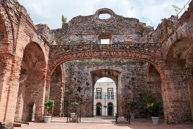 Building originally Church of Santo Domingo which was destroyed by fire in 1756. The Arch remained standing and helped emphasize Panama City's seismic stability for building the canal in Panama instead of Nicaragua.