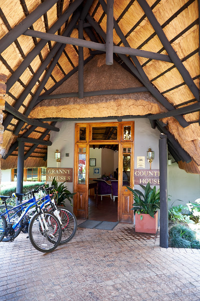 Granny Mouse Country House & Spa is a luxurious country hotel in the heart of the KwaZulu Natal Midlands Meander.