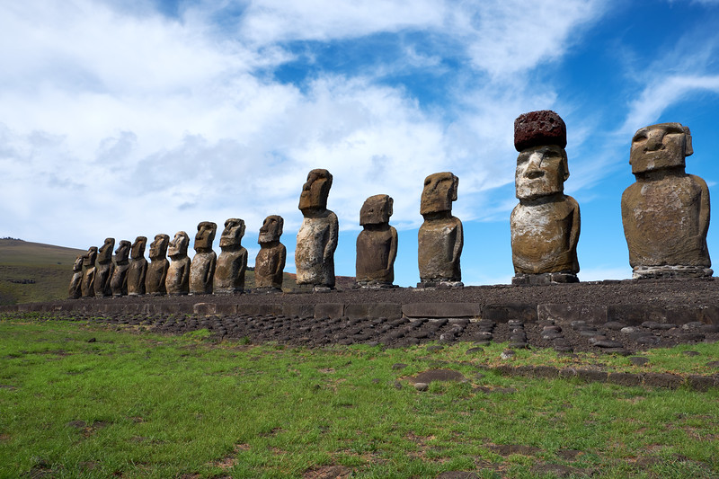 The Tonariki site is the largest platform on the island with the 15 Moai.