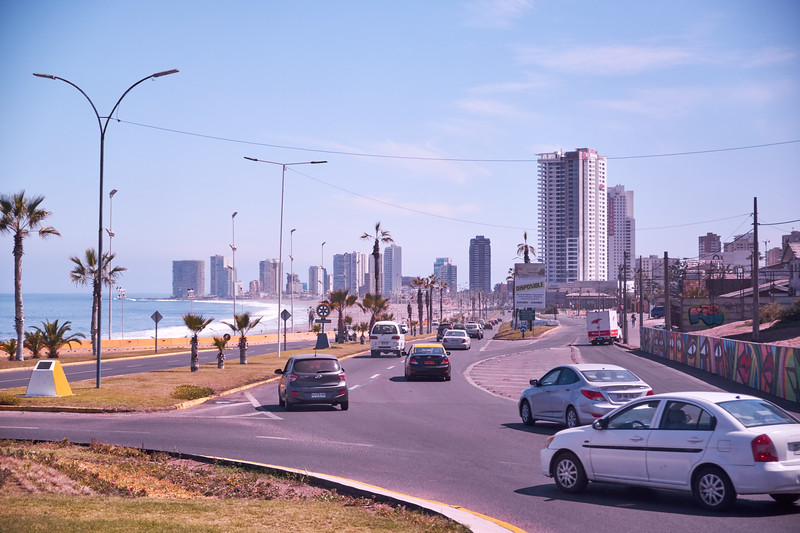 Iquique seaside (from bus).