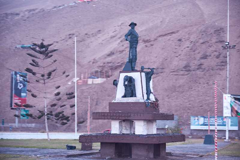 Monument to the miners (from bus).
