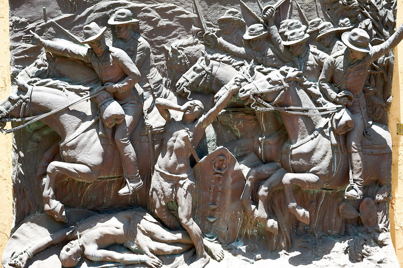 Depicts Portuguese battle against the Mozambique indigeneous people.
