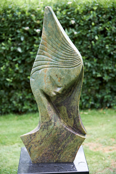 Birdwoods has the largest collection of Zimbabwean Stone Sculptures known as Shona Stone Sculptures. The stones used are hand mined from the hills of the Great Dyke, a volcanic ridge that runs 310 miles through Zimbabwe.