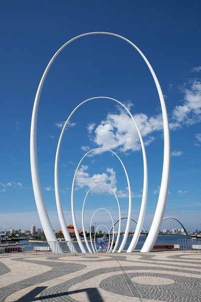 Spanda the 95 foot design represents ripples and links the Swan River, land and sky.
