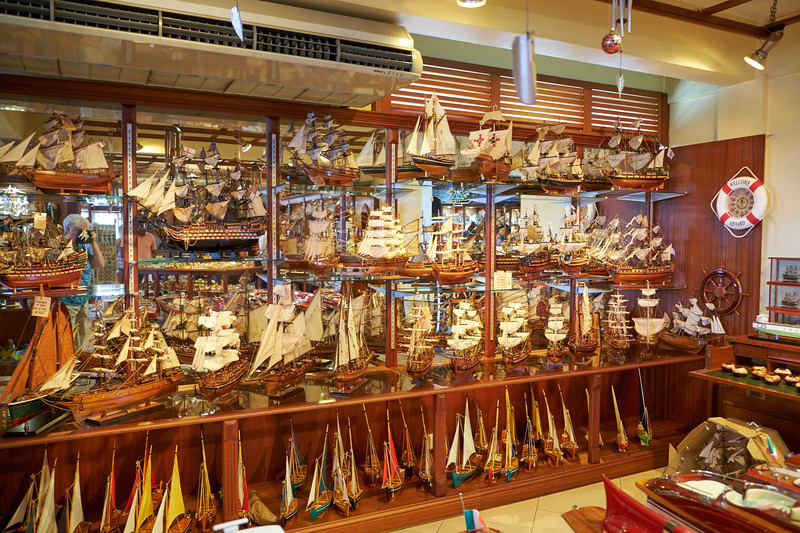 Pride of the Island Ship Models are handcrafted ship models made in Mauritius.