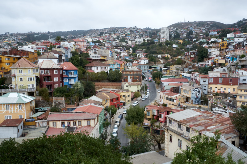 A view of the hillside architecture and colors of Valparaiso.