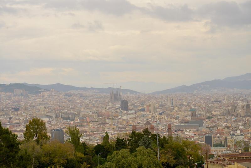La Segrada Familia (center) from Montjuic.