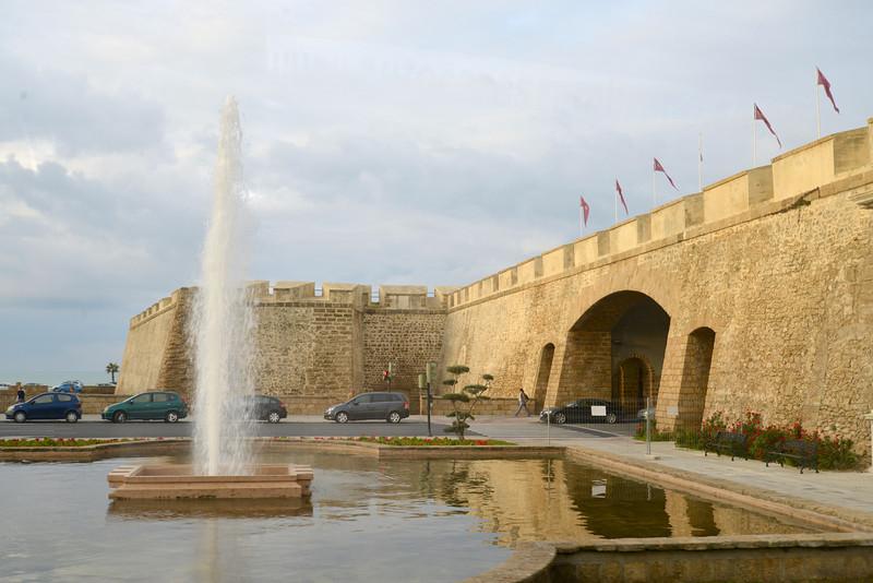 Fountain at Puerta Tiera.