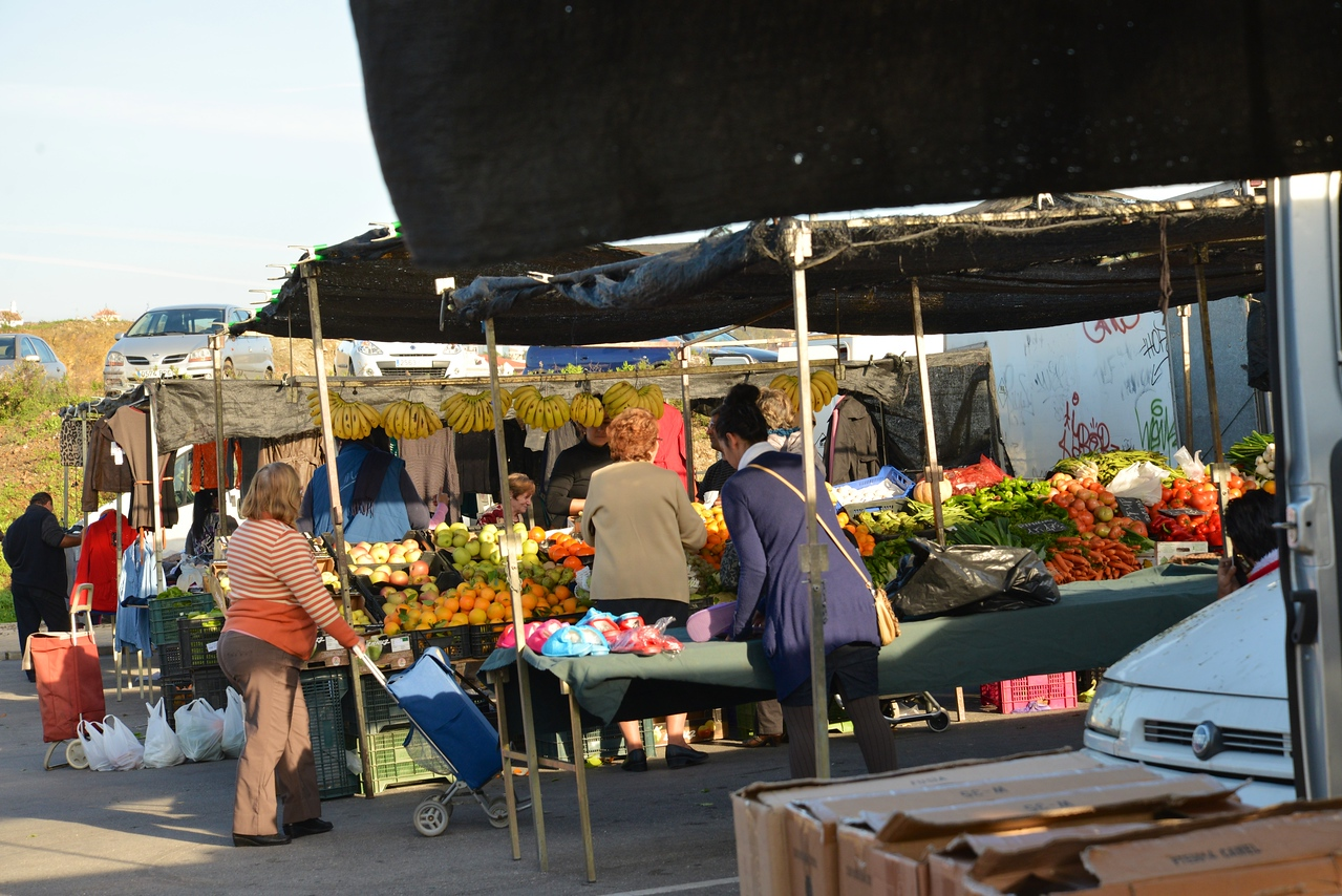 Local Flea Market That Is Open Every Day… Many Locals Were Buying.