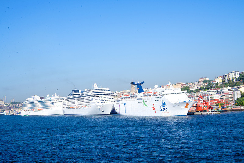 Crystal Was 4th Cruise Ship In Istanbul