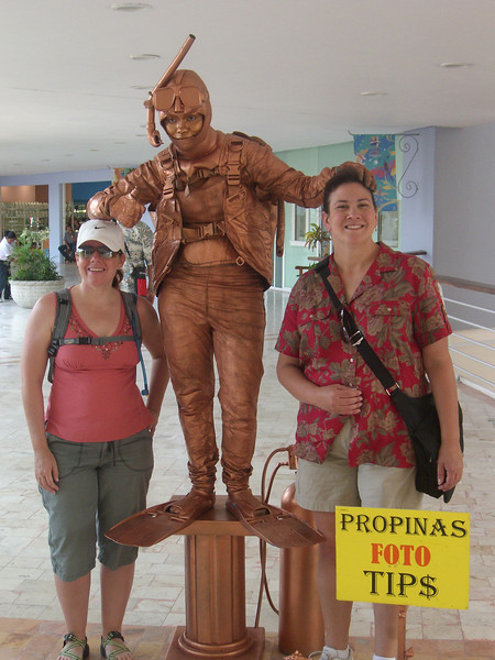 """Sheila and Cathy with a """"living statue"""" in Cozumel"""
