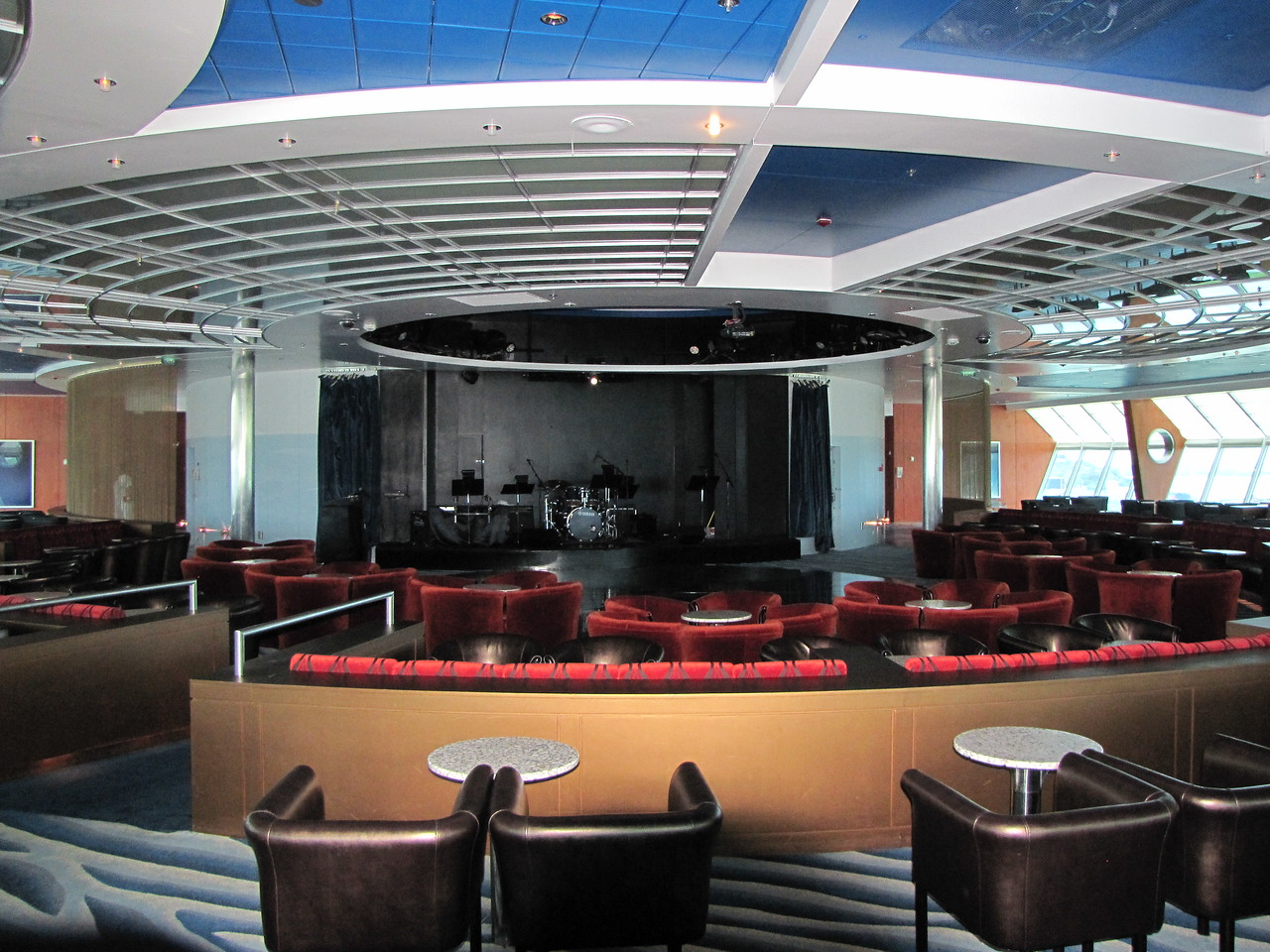 We've got some time to kill so I take some photos of the ship.  This is the Reflections Lounge near the bow of the ship.
