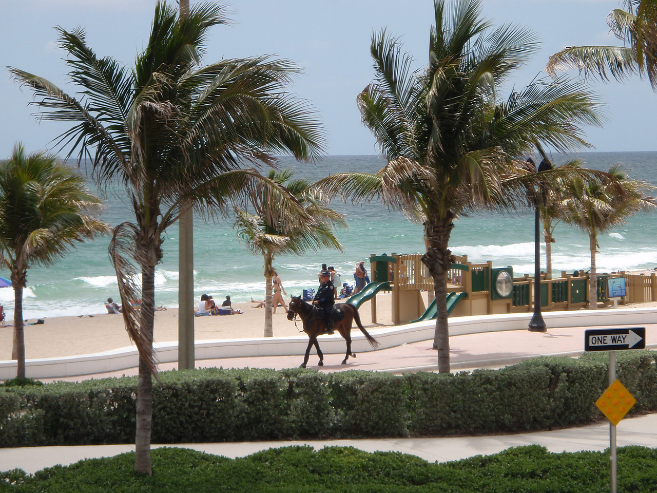 I took this shot of a Fort Lauderdale mounted policeman on patrol from our lunch spot on the balcony of the restaurant.