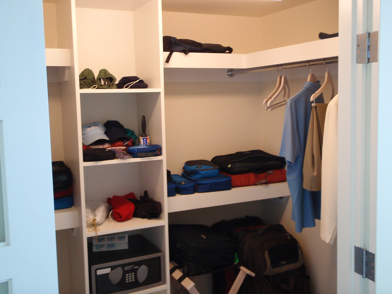 And a walk-in closet.