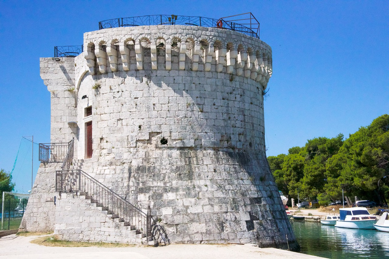 St. Marks Tower was at one time connected Kamerlengo Castle. Built in 1430 it served as the residence of the Venetial Governor.