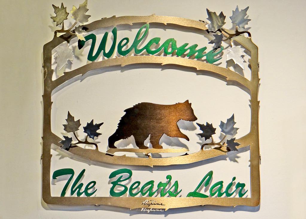 The Bear's Lair sign