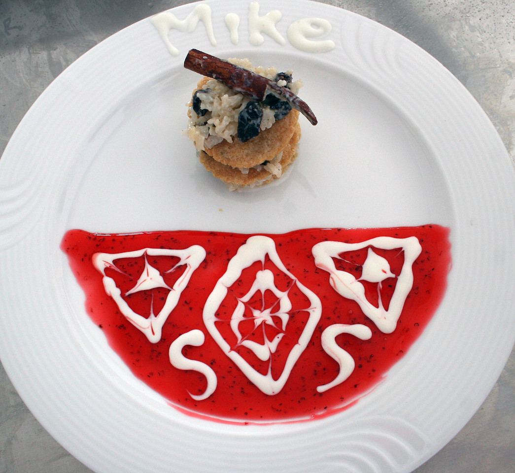 Mike's decorated plate with the dessert