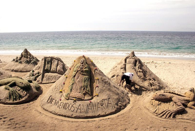 Sand sculpture along Malecon