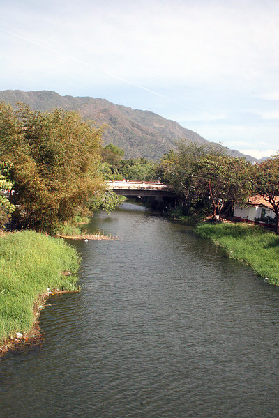 Rio Cuale just before it empties into the ocean