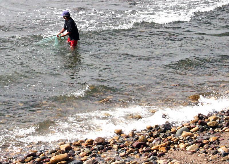 Fisherman along the Malecon