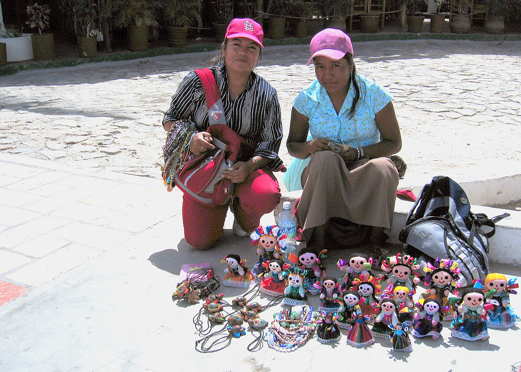 Craft sellers along the walk form the harbor into Cabo San Lucas