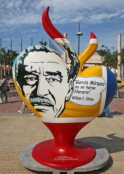 Heart structure outside Parque de Centenario