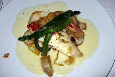Sea bass w/asparagus in a light cream sauce