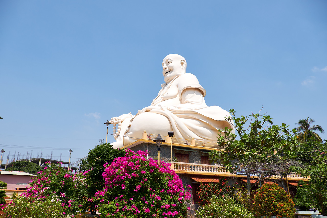 People believe that if they rub the belly of the Happy Buddha it will bring them good luck.
