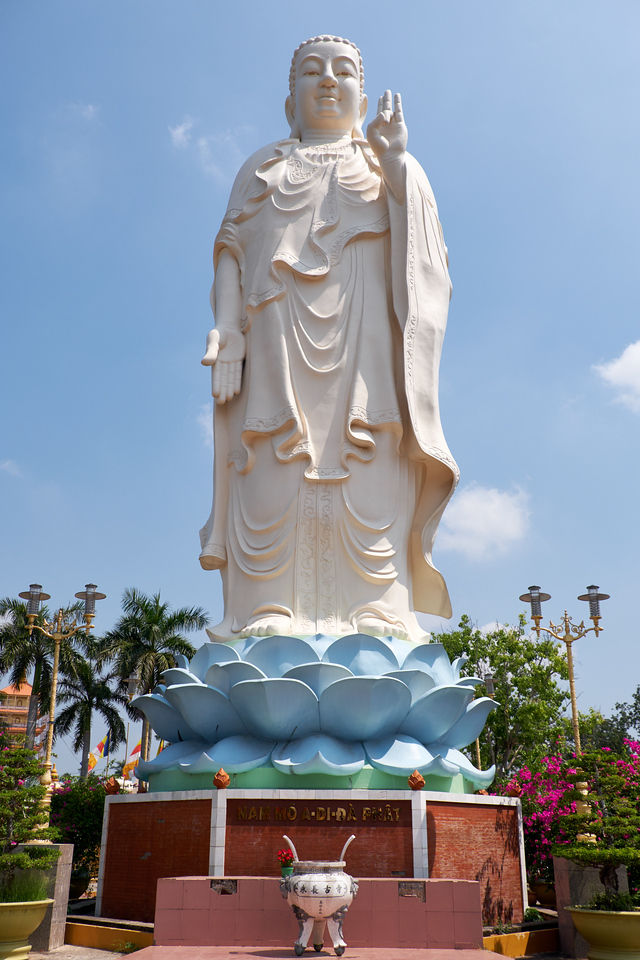 The Buddha at the entrance to Vinh Trang Pagoda, the largest Pagoda in the Mekong Delta.