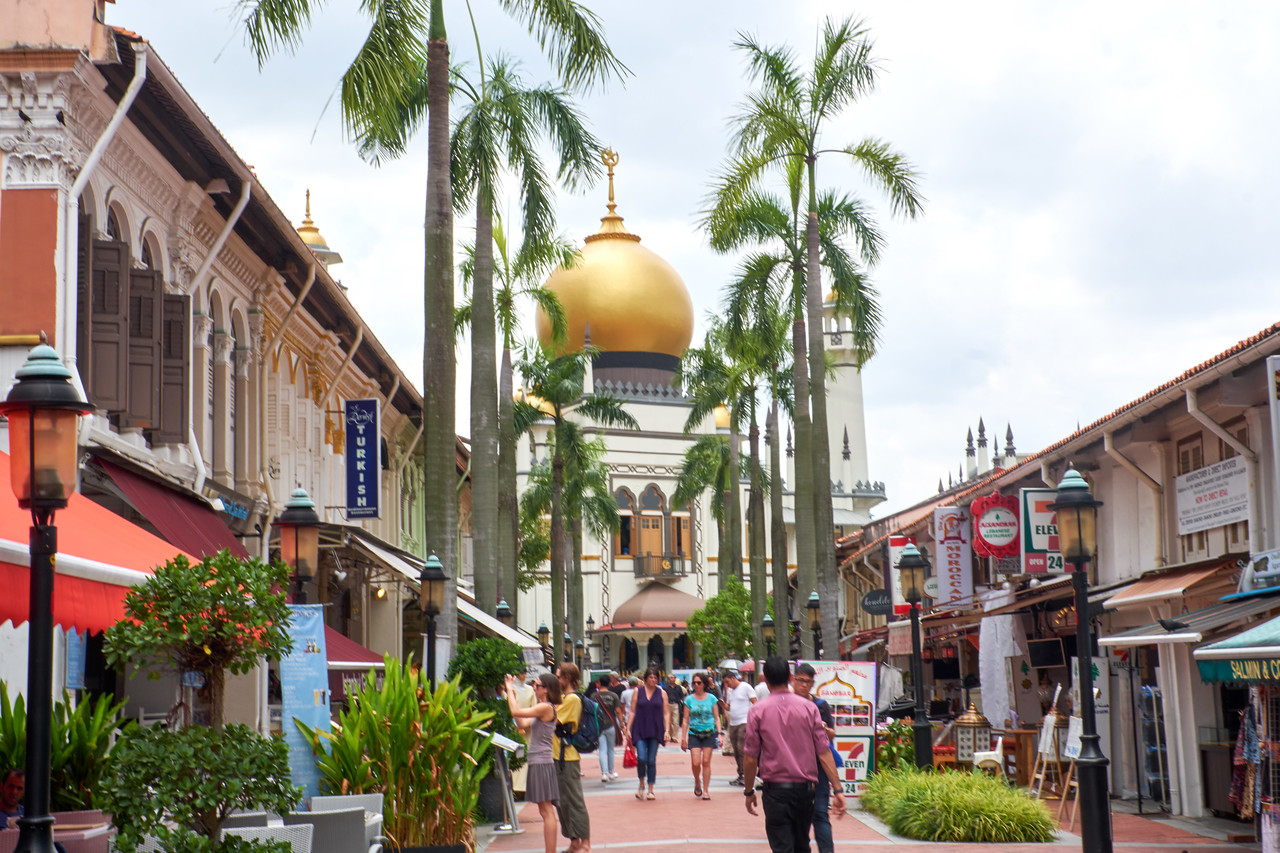 Pedestrian street off Arab Street near Sultan Mosque.
